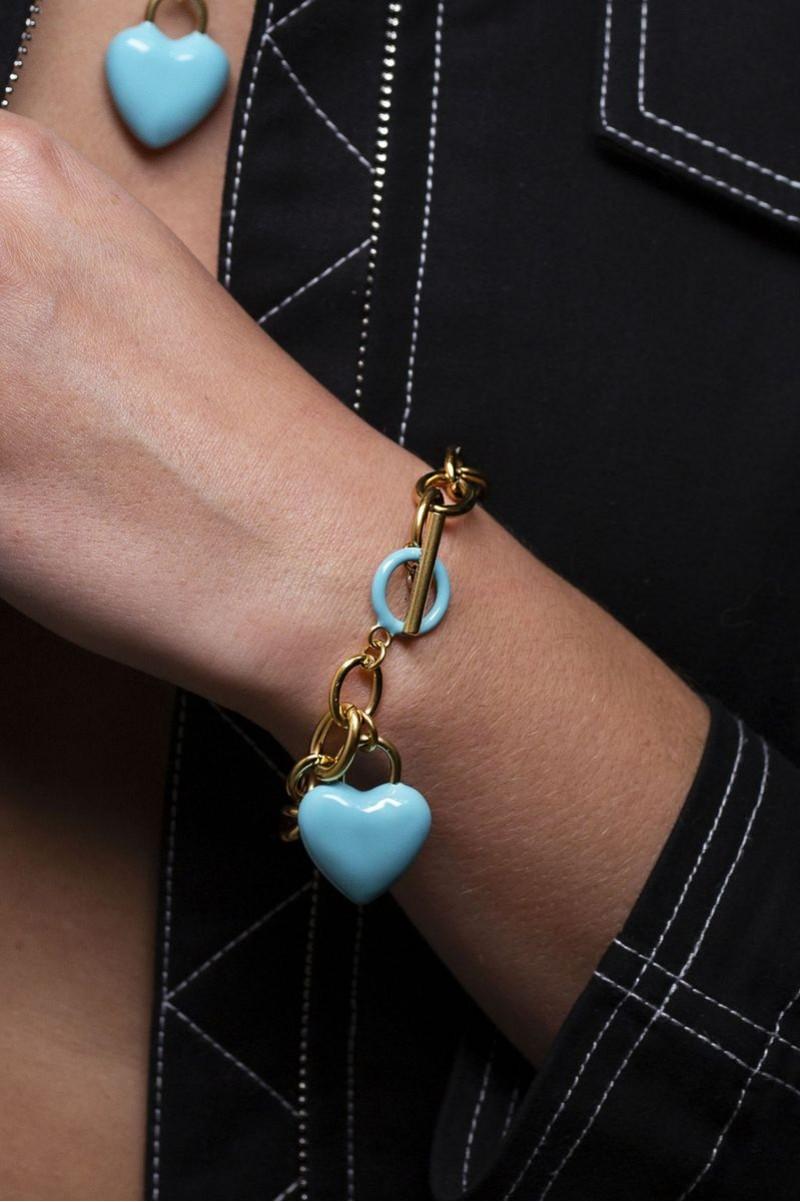 The Kiss Bracelet Blue